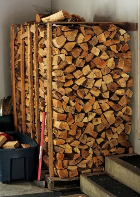 Name:  fire_wood_rack.jpg Views: 1544 Size:  76.0 KB