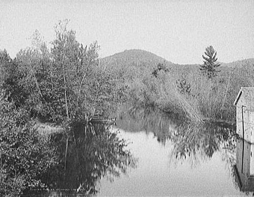 176Outlet_of_Squam_Lake_1900-1906