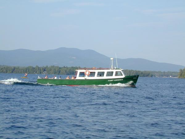 https://www.winnipesaukee.com/photopost/data/502/medium/4campboat.jpg