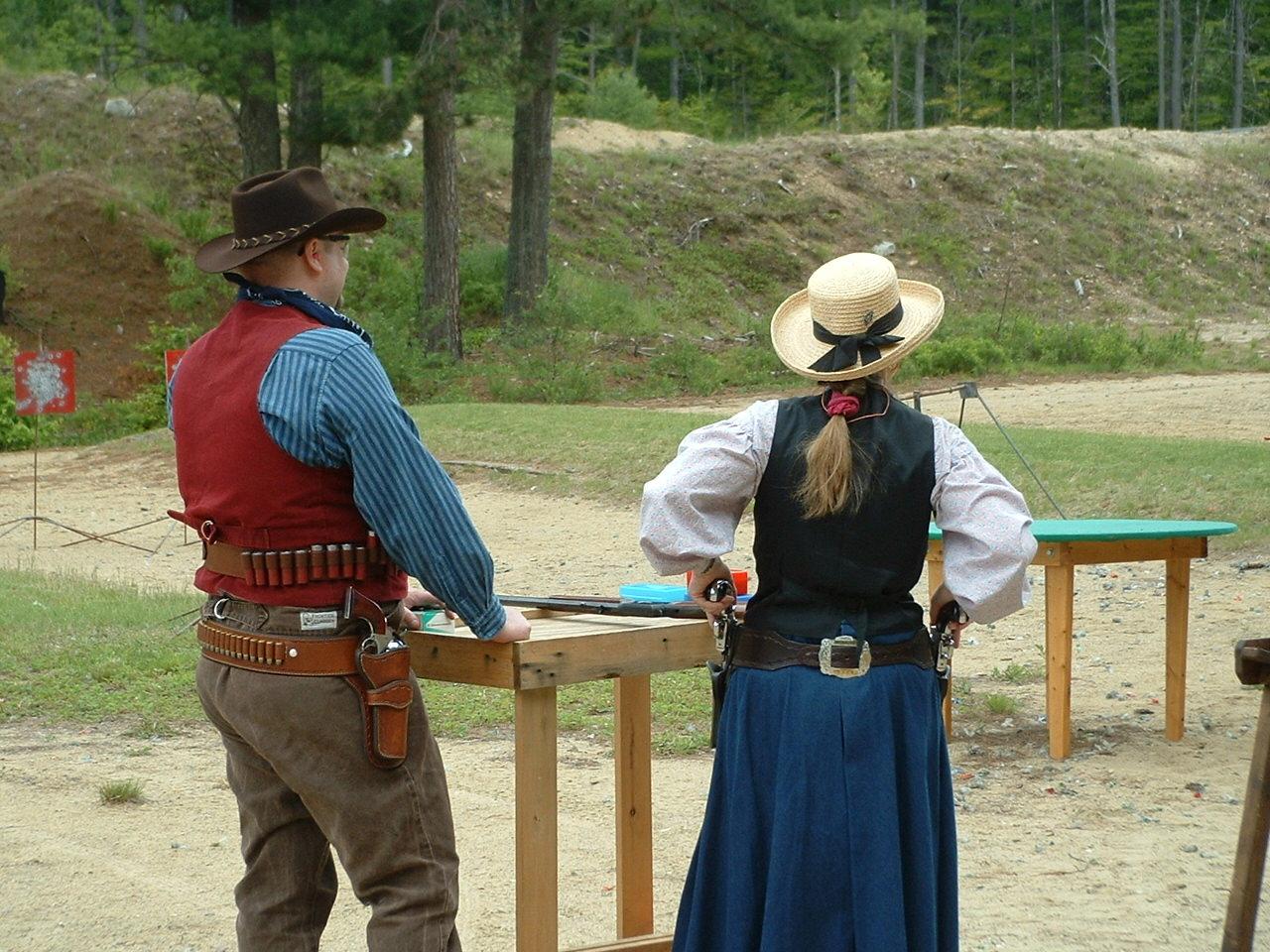 Cowboy_Two_Gun_Gal