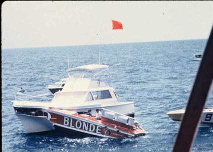 239Blonde_Checkpoint_boat